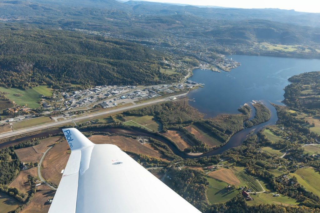 View from DA40 of Notodden airport, winglet in front
